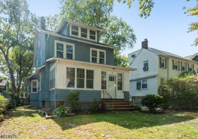 Single Family Homes für Verkauf beim Glen Ridge, New Jersey 07028 Vereinigte Staaten