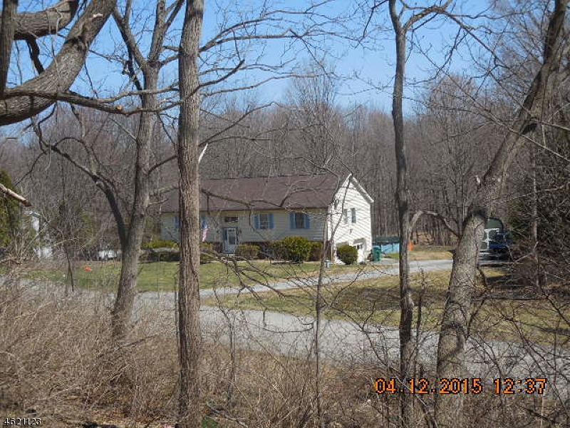 Additional photo for property listing at 63 Neepaulin Drive  Sussex, New Jersey 07461 États-Unis