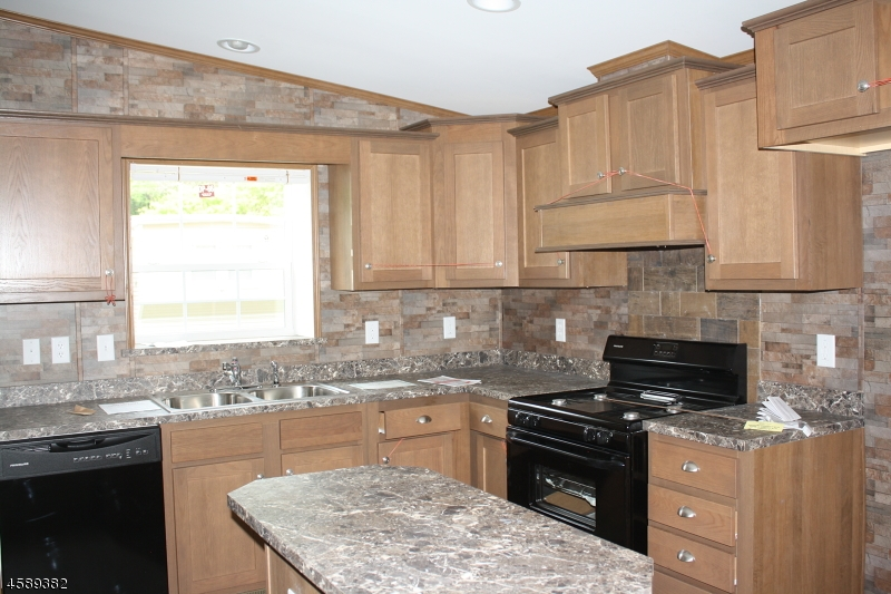 Additional photo for property listing at 4 Hillside Vlg  Oxford, New Jersey 07863 États-Unis