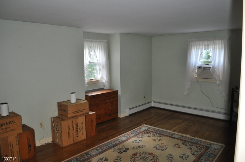 Additional photo for property listing at 60 Stony Brook Road  Blairstown, Нью-Джерси 07825 Соединенные Штаты