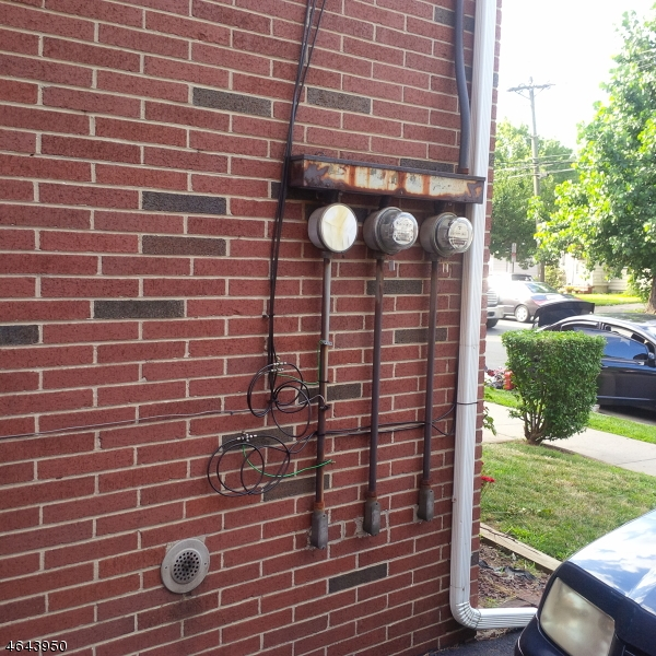 Additional photo for property listing at 411 S Wood Avenue  Linden, New Jersey 07036 États-Unis