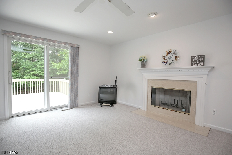 Additional photo for property listing at 76 Manger Road  West Orange, New Jersey 07052 United States