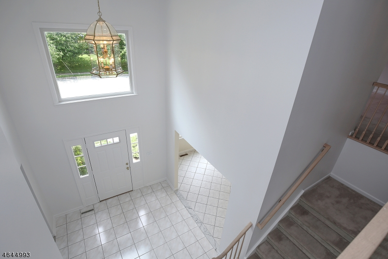 Additional photo for property listing at 76 Manger Road  West Orange, New Jersey 07052 États-Unis