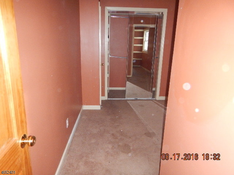 Additional photo for property listing at Address Not Available  South Orange, New Jersey 07079 États-Unis