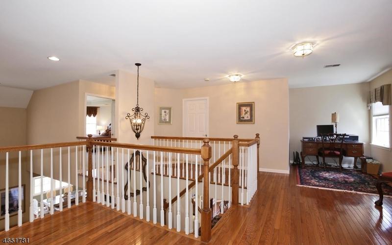 Additional photo for property listing at 46 Dickinson Road  Basking Ridge, Nueva Jersey 07920 Estados Unidos