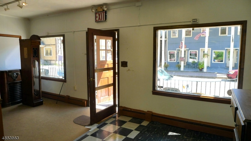 Additional photo for property listing at 18 Main Street  Blairstown, New Jersey 07825 États-Unis