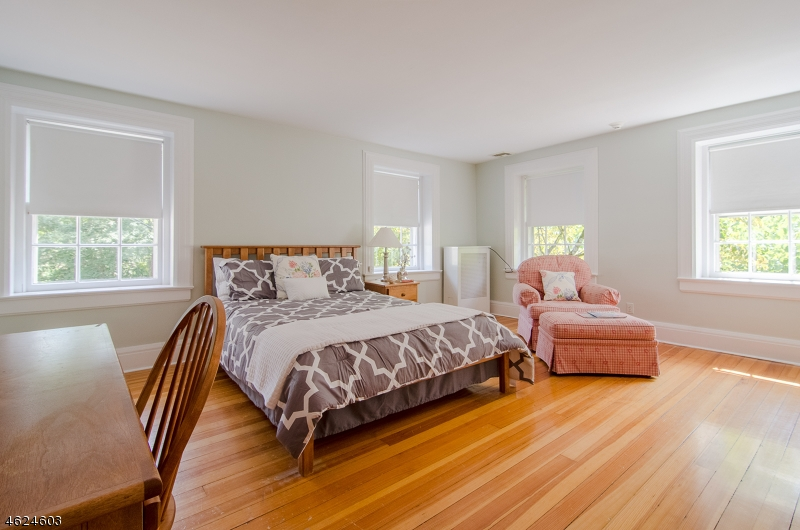 Additional photo for property listing at 11 WILDWOOD AVENUE  West Orange, New Jersey 07052 États-Unis