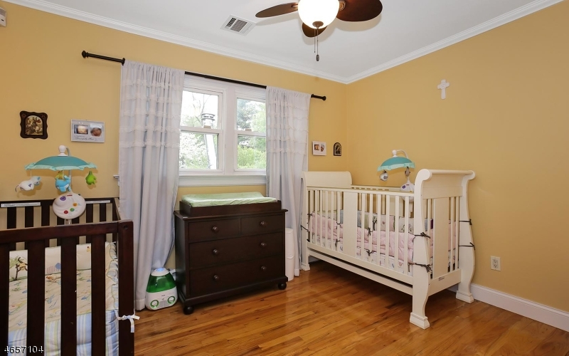 Additional photo for property listing at 1198 Foothill Way  Mountainside, New Jersey 07092 États-Unis