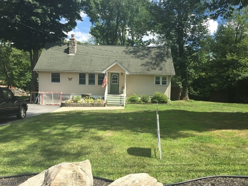 Additional photo for property listing at 114 Coon Den Road  Vernon, New Jersey 07422 États-Unis