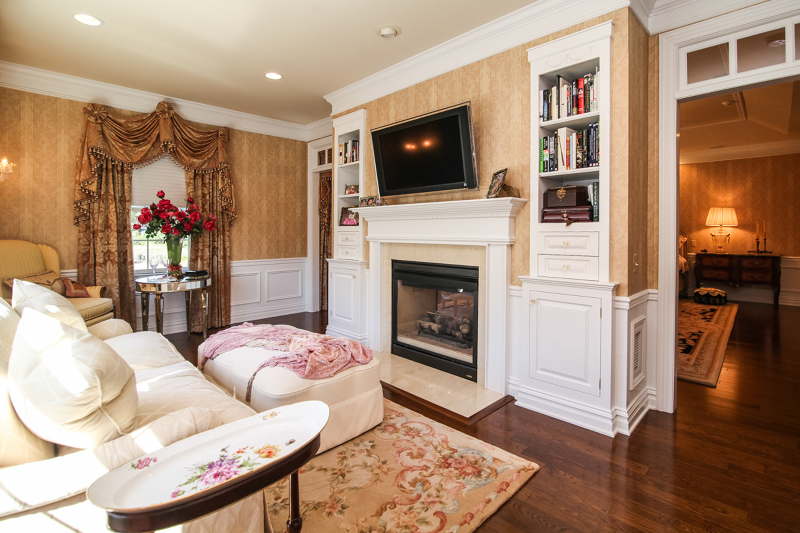 Additional photo for property listing at 21 TILLOU RD WEST  South Orange, Нью-Джерси 07079 Соединенные Штаты