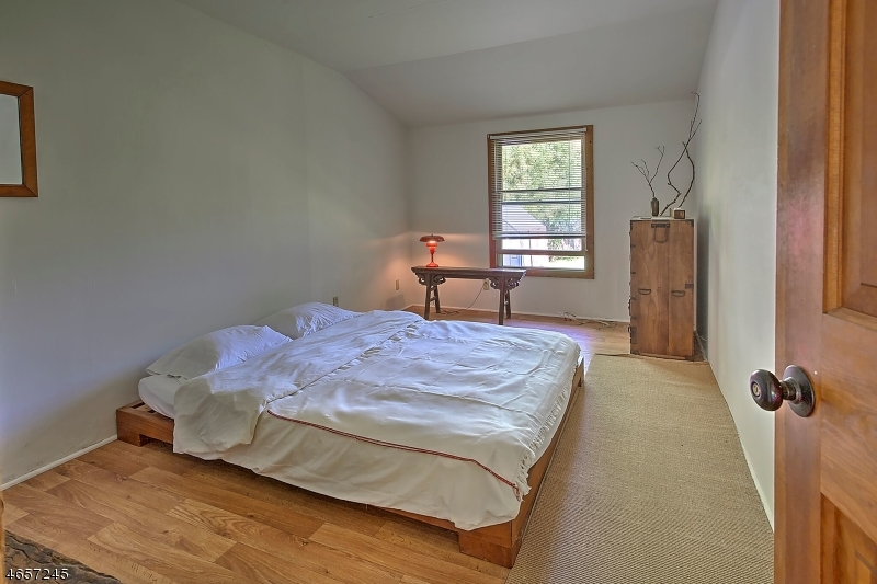Additional photo for property listing at 137 Byram Lane  Stockton, New Jersey 08559 États-Unis