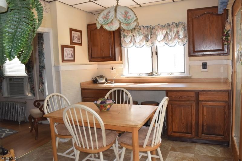 Additional photo for property listing at 27 Elizabeth Avenue  Cranford, New Jersey 07016 États-Unis