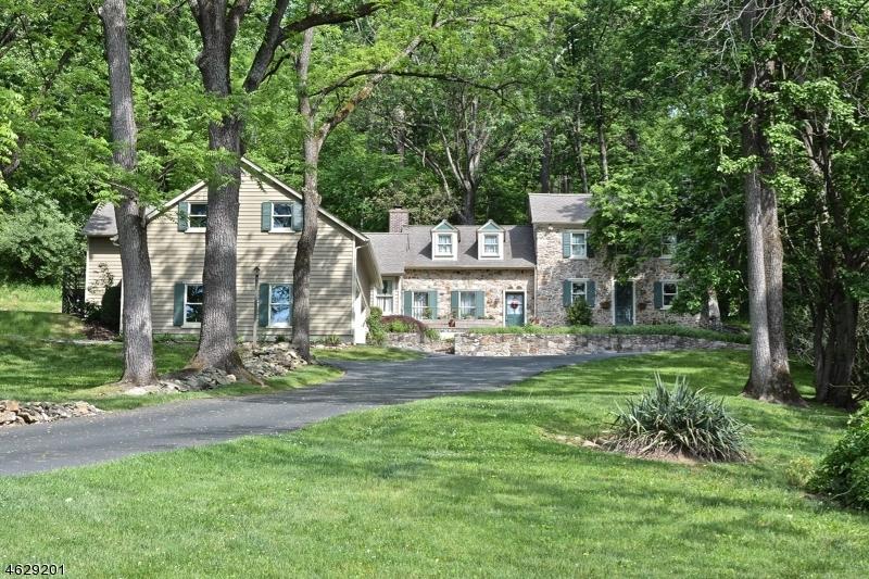 Частный односемейный дом для того Продажа на 320 Church Road Milford, 08848 Соединенные Штаты