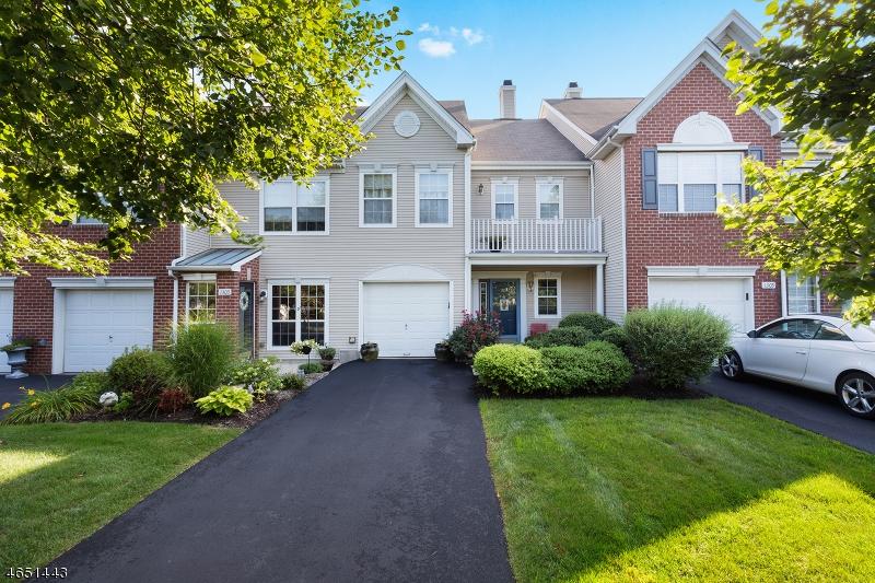 Casa Unifamiliar por un Alquiler en 1307 S Branch Drive Whitehouse Station, Nueva Jersey 08889 Estados Unidos