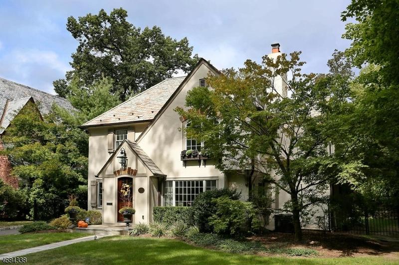 独户住宅 为 销售 在 123 Woodland Avenue 里奇伍德, 新泽西州 07450 美国
