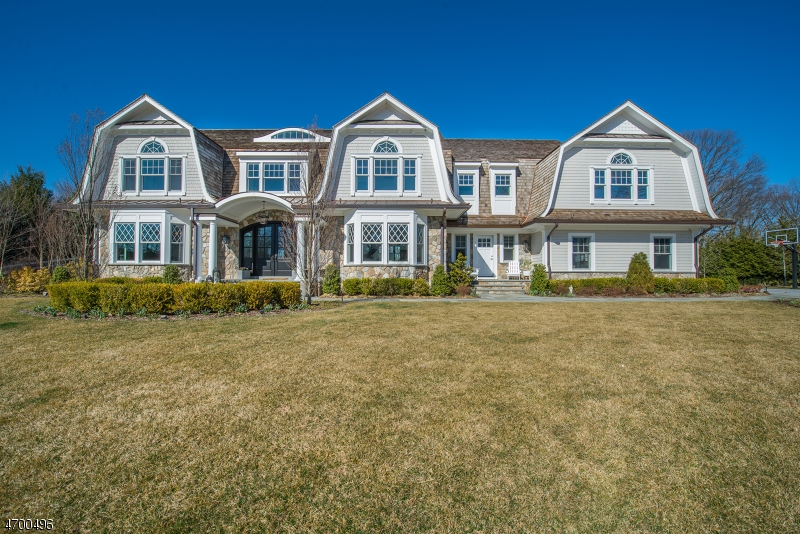 Single Family Home for Sale at 4 Mill Brook Lane Franklin Lakes, 07417 United States