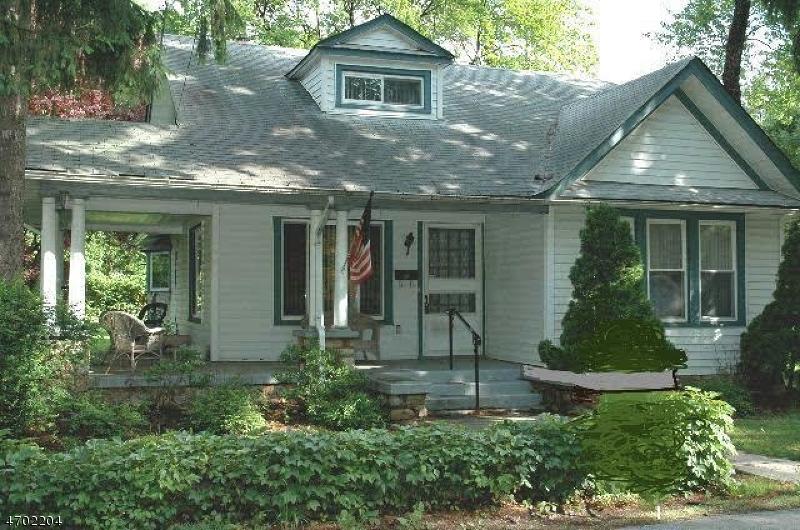 Casa Unifamiliar por un Venta en 47 Elizabeth Lane Mount Olive, Nueva Jersey 07828 Estados Unidos