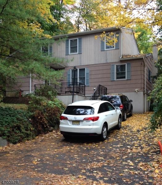 Частный односемейный дом для того Аренда на 10 Old Road Ringwood, Нью-Джерси 07456 Соединенные Штаты