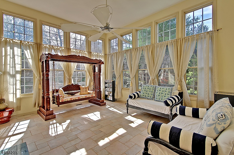 Single Family Home for Sale at 121 Top Of The World Way Dunellen, New Jersey 08812 United States