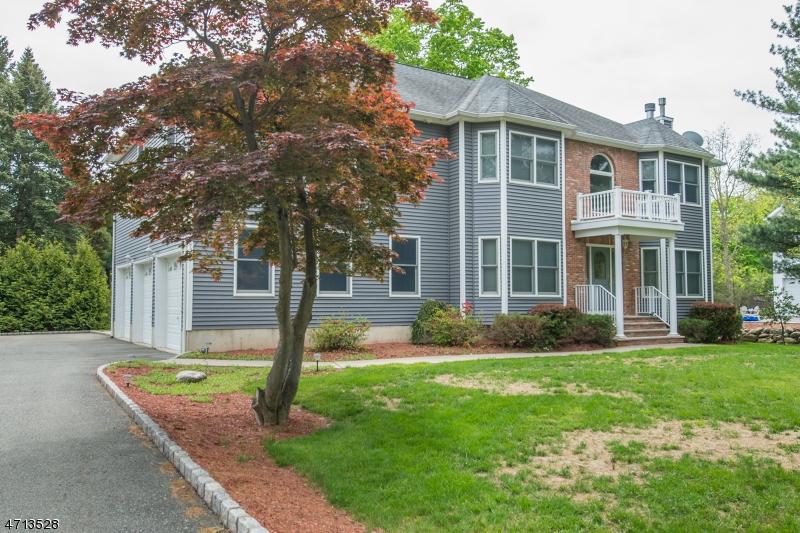 Casa Unifamiliar por un Venta en 721 Park Road Morris Plains, Nueva Jersey 07950 Estados Unidos