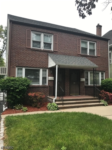 Casa Unifamiliar por un Alquiler en 209 Academy Street South Orange, Nueva Jersey 07079 Estados Unidos