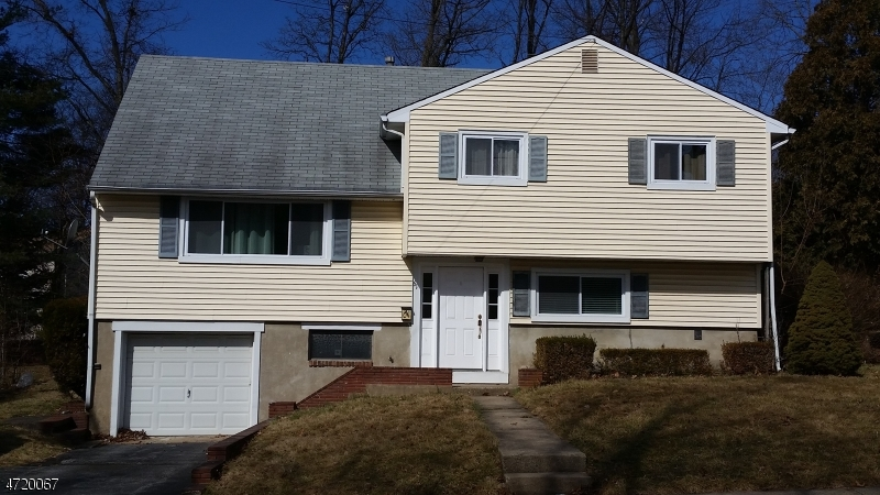 Casa Unifamiliar por un Alquiler en 61 Taylor Street Rockaway, Nueva Jersey 07801 Estados Unidos