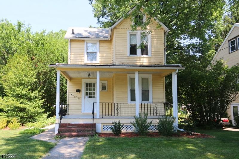 Casa Unifamiliar por un Alquiler en 366 W 5th Avenue Roselle, Nueva Jersey 07203 Estados Unidos