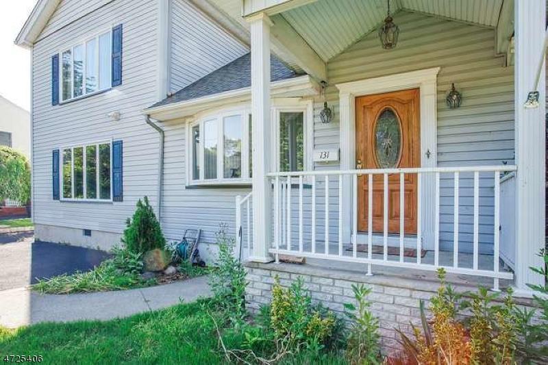 独户住宅 为 销售 在 133 S Leswing Avenue 德尔布鲁克, 新泽西州 07663 美国