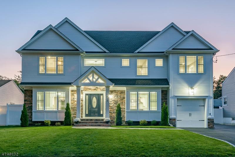 Maison unifamiliale pour l Vente à 218 N 24th Street Kenilworth, New Jersey 07033 États-Unis