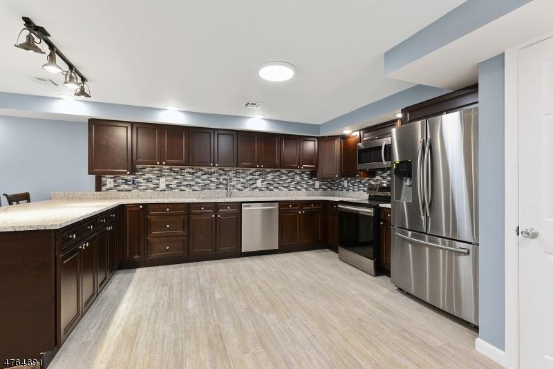 Casa Unifamiliar por un Alquiler en 499 New Brunswick Ave Unit C Phillipsburg, Nueva Jersey 08865 Estados Unidos