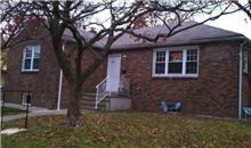 Maison unifamiliale pour l Vente à 109 King Street Nutley, New Jersey 07110 États-Unis