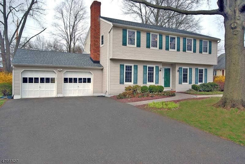 Villa per Vendita alle ore 34 LISA TER Somerville, New Jersey 08876 Stati Uniti
