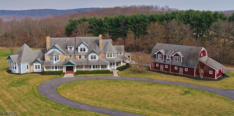 Nhà ở một gia đình vì Bán tại 216 Pleasant Hill Road Chester, New Jersey 07930 Hoa Kỳ