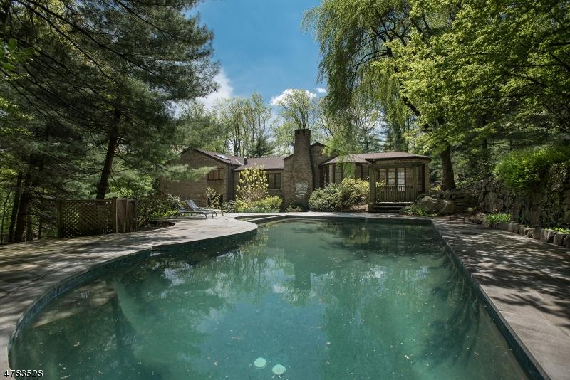 Casa Unifamiliar por un Venta en 25 Mountain Avenue West Orange, Nueva Jersey 07052 Estados Unidos