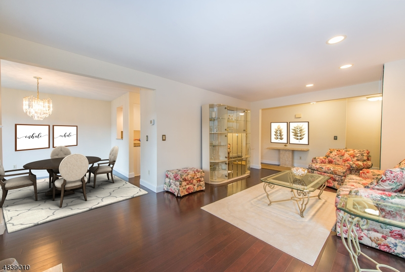 콘도 / 타운 하우스 용 매매 에 135 TERRACE Drive Chatham, 뉴저지 07928 미국