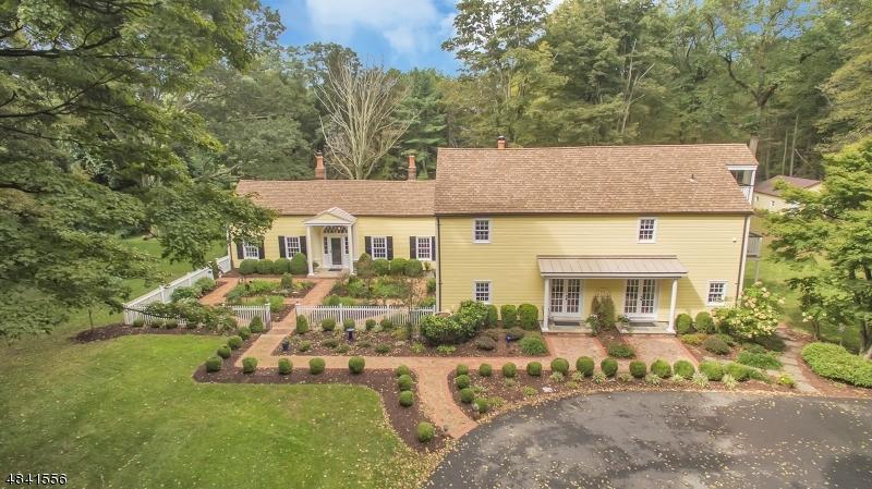 Single Family Home for Sale at 19 HEATH LN 19 HEATH LN Washington Township, New Jersey 07853 United States