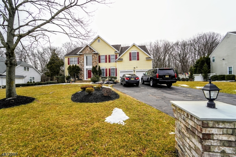 Single Family Home for Sale at 6 SWANS MILL Lane Scotch Plains, New Jersey 07076 United States