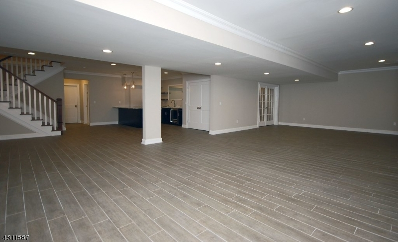 Additional photo for property listing at 19 Park View Drive  Warren, New Jersey 07059 United States