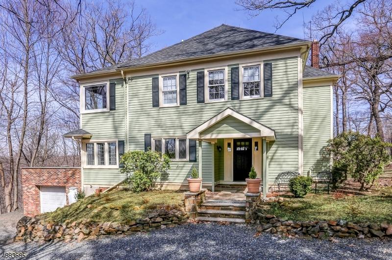 Single Family Homes vì Bán tại Long Hill, New Jersey 07946 Hoa Kỳ