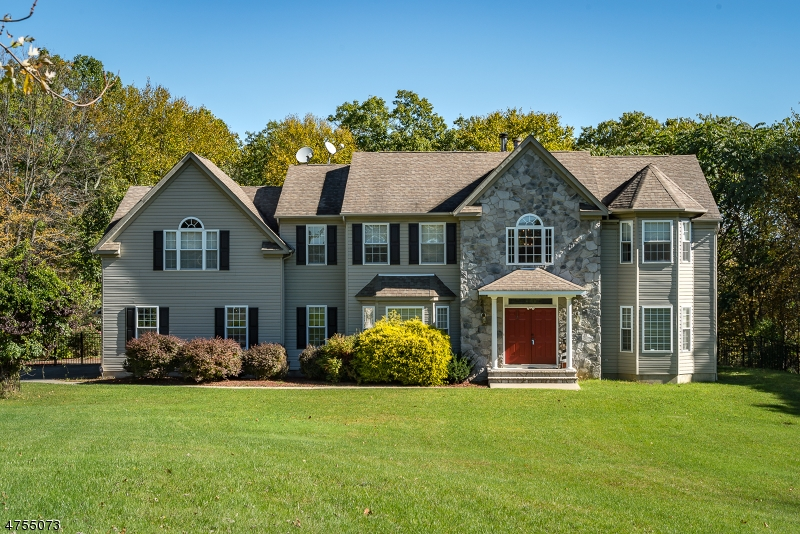 Single Family Homes per Vendita alle ore Byram Township, New Jersey 07821 Stati Uniti