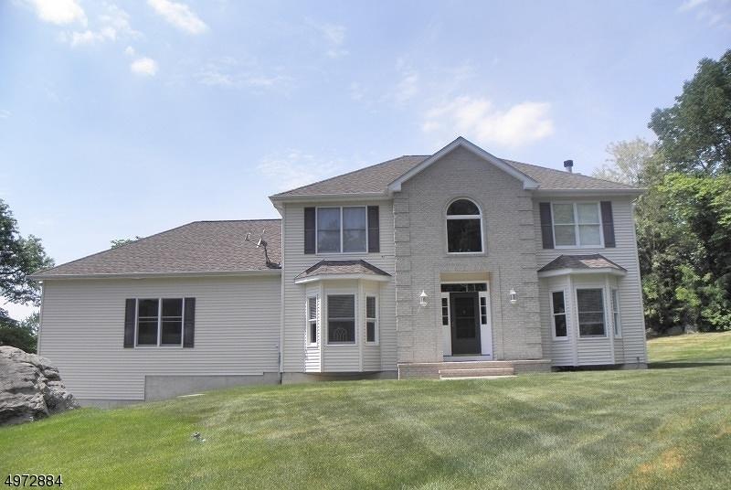 Single Family Homes vì Bán tại White Township, New Jersey 07823 Hoa Kỳ