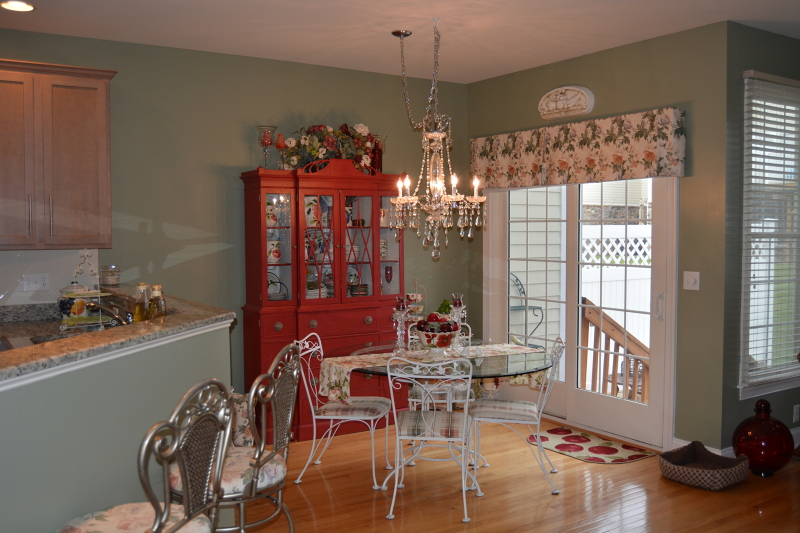 Additional photo for property listing at 5 Briar Court  Hamburg, New Jersey 07419 United States