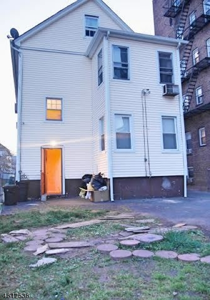 Additional photo for property listing at 145 Bellevue Street  Elizabeth, Nueva Jersey 07202 Estados Unidos