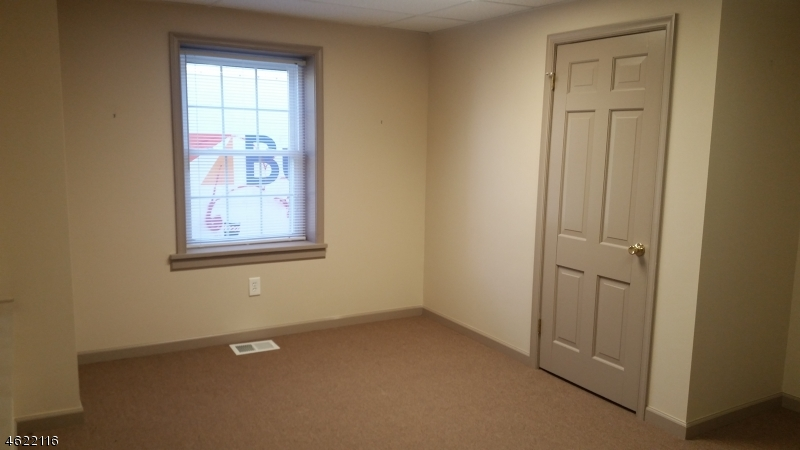 Additional photo for property listing at 51 US Highway 206 Ste 104  Augusta, Нью-Джерси 07822 Соединенные Штаты
