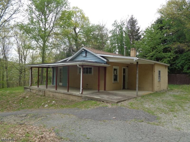 独户住宅 为 销售 在 68 Tamarack Road Belvidere, 新泽西州 07823 美国