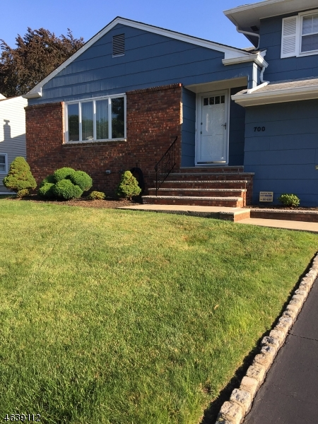 Additional photo for property listing at 700 Moses Drive  Rahway, New Jersey 07065 United States