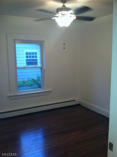 Additional photo for property listing at 93 Cedar Lake West  Denville, Нью-Джерси 07834 Соединенные Штаты