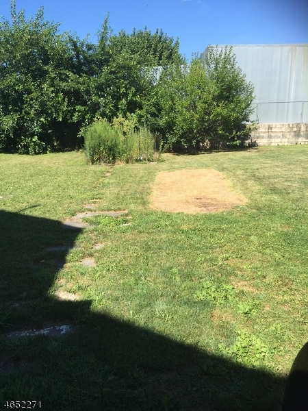 Additional photo for property listing at Address Not Available  Elizabeth, Nueva Jersey 07201 Estados Unidos