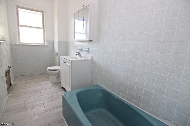 Additional photo for property listing at 38-40 SCHEERER Avenue  Newark, Нью-Джерси 07112 Соединенные Штаты