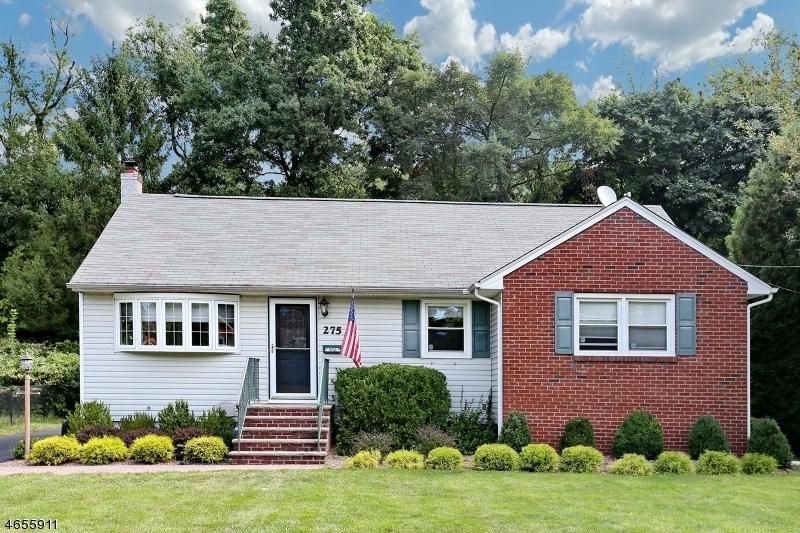 Частный односемейный дом для того Продажа на 275 Glen Avenue Glen Rock, 07452 Соединенные Штаты